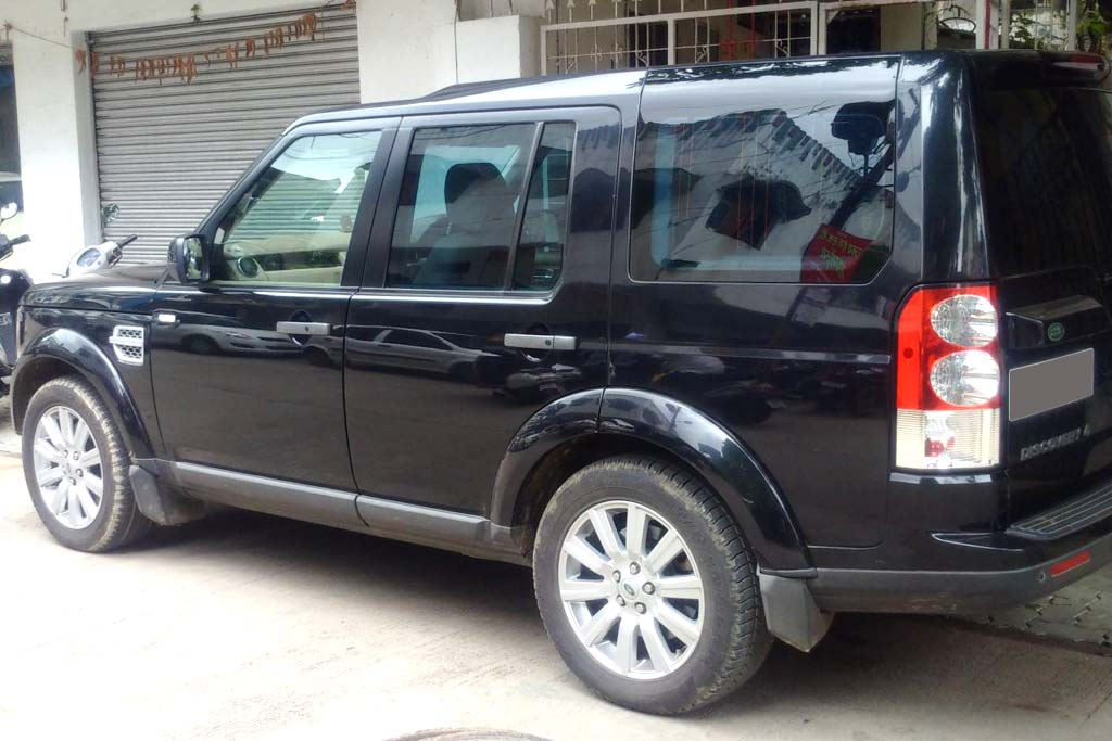 land-rover-discovery-4-sdv6-hse-4