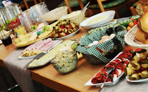 how-to-prepare-a-luxury-party-buffet