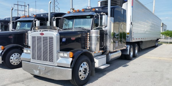 Brandon Foster Strives For Effective Freight Transportation With His Team Of Professionals