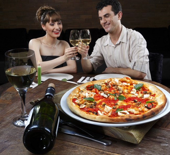 Get Your Favorite Taste with Pizzeria In Your Town