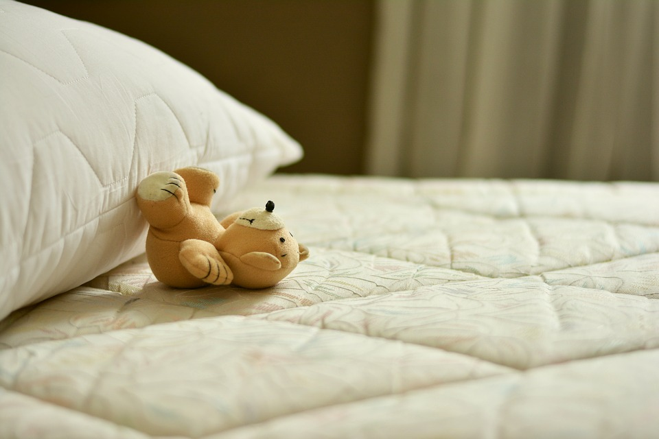 Do Not Rely On Just The Word Of Your Salesman — Do Your Research When Buying A New Mattress!