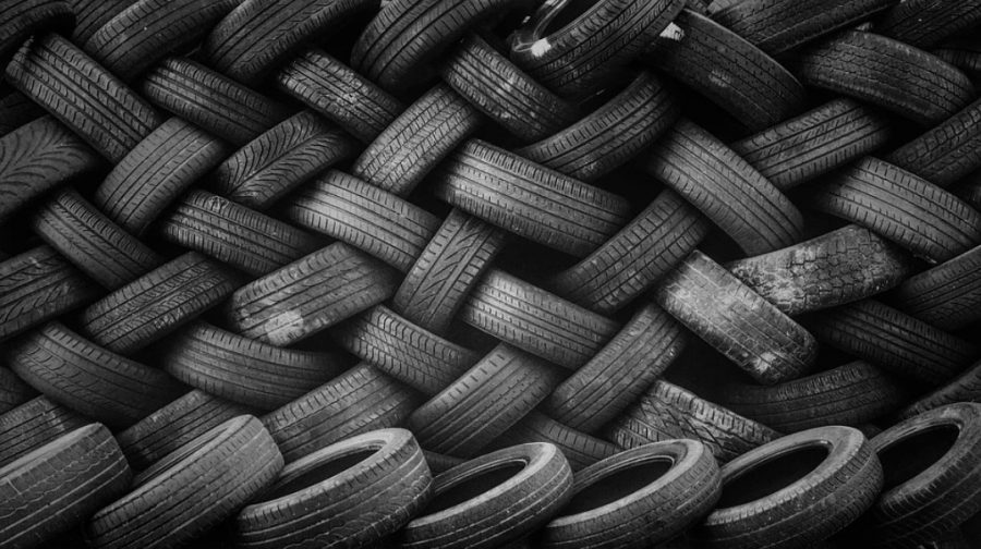 4 Considerations To Make When Choosing Tires For Your Commercial Trucks