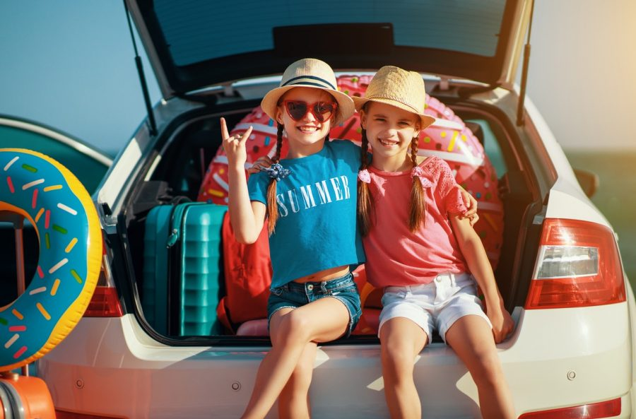 Moving Out With Kids Here's 4 Ways to Make The Drive Easier On Everyone