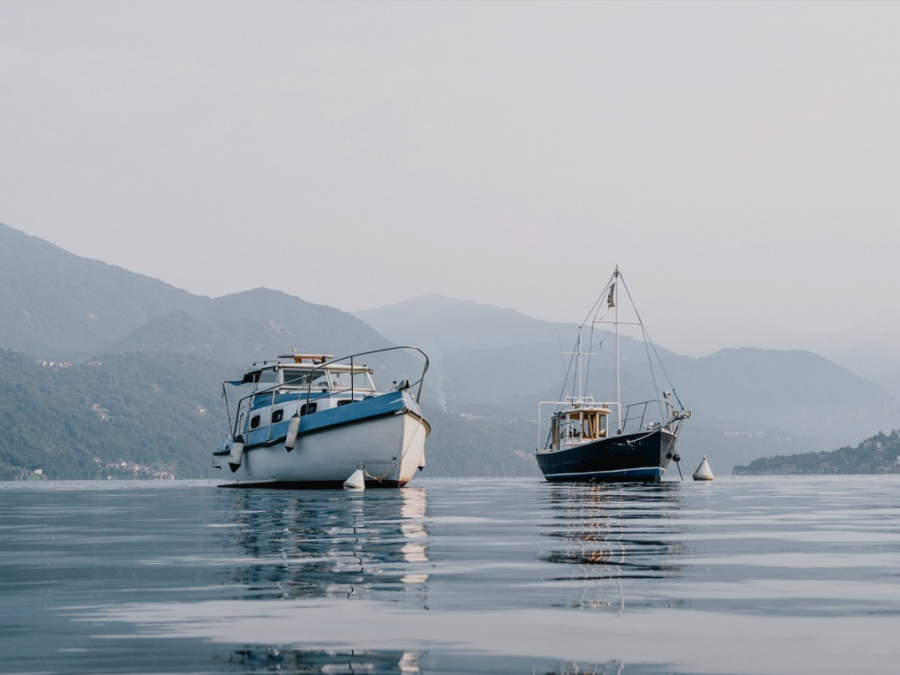 What Type Of Fishing Boat Is Best For You?